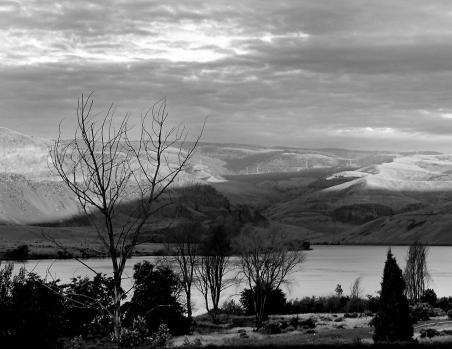 Columbia River b&w