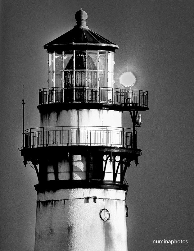 Lighthouse bw small